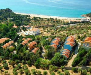 cazare Tripiti Hotel and Suites