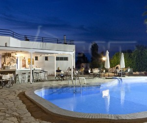 Poze Theo Bungalows 3* imagini Theo Bungalows 3* cazare Theo Bungalows 3* informatii Theo Bungalows 3*